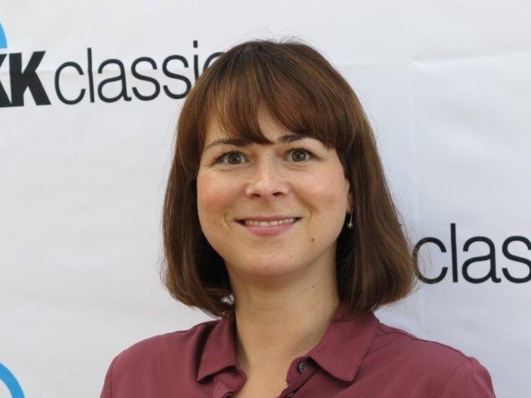 Profilbild Pressereferentin Franziska Becher