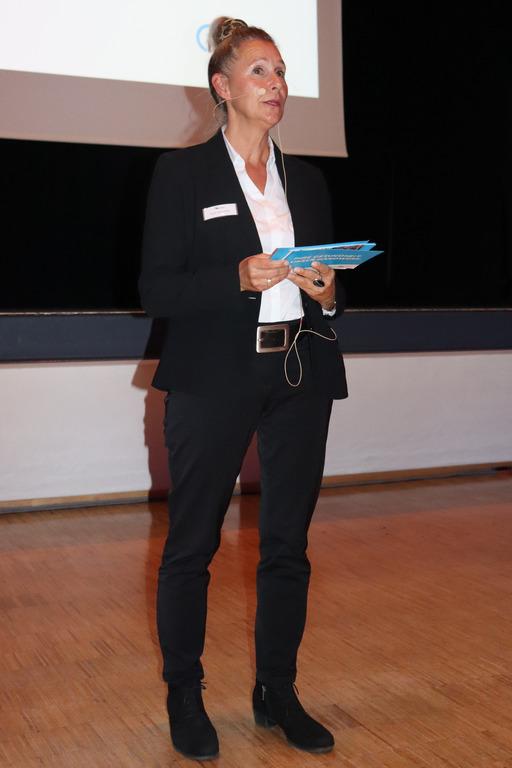 Gesundheitsmanagerin Ruth Amareller stellt das betriebliche Gesundheitsmanagement vor