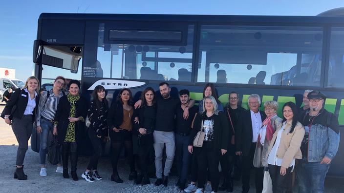 Gruppenbild Teilnehmer HairShuttle aus Ostallgäu